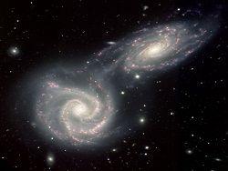 Галактики Андромеда и Млечный Путь в будущем сольются воедино