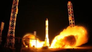 Крушение ракеты-носителя Протон с Российским спутником связи