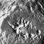 Поверхность лунного кратера Zucchius