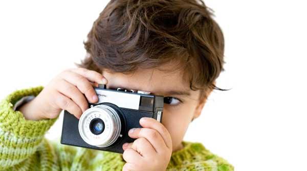 Нужна ли профессиональная фотосессия ребенка до года