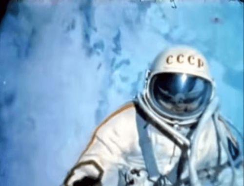 Ровно 50 лет назад состоялся выход в открытый космос