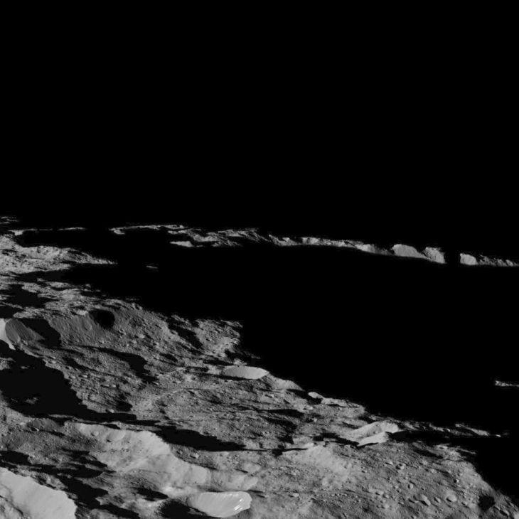 Фото карликовой планеты Цереры в солнечной системе